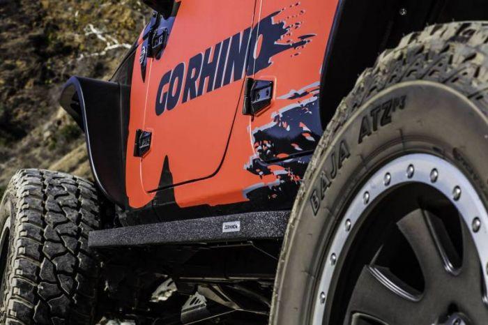 Go Rhino - Estribos RB10 Jeep Wrangler JK 07-18 4 puertas Poliurea