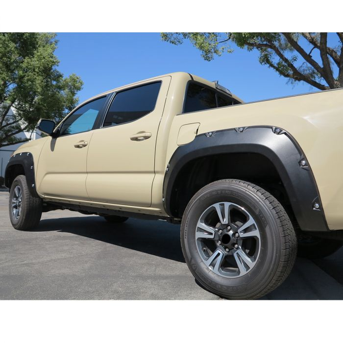 Big Country - Cantoneras Big Country Ford Ranger 16-20